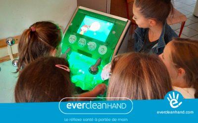 Evercleanhand à l'école de Venon